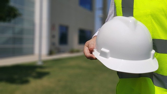 Why It's Important to Hire Licensed Contractors