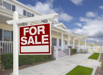 How Does Escrow Relate to Buying a Home?